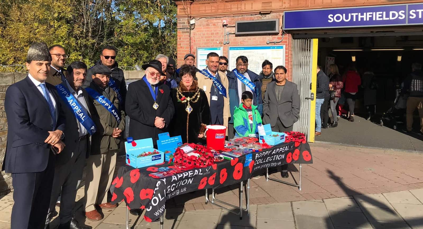 Ahmadiyya Muslim Elders launch the £500,000 Poppy Appeal campaign at Southfields