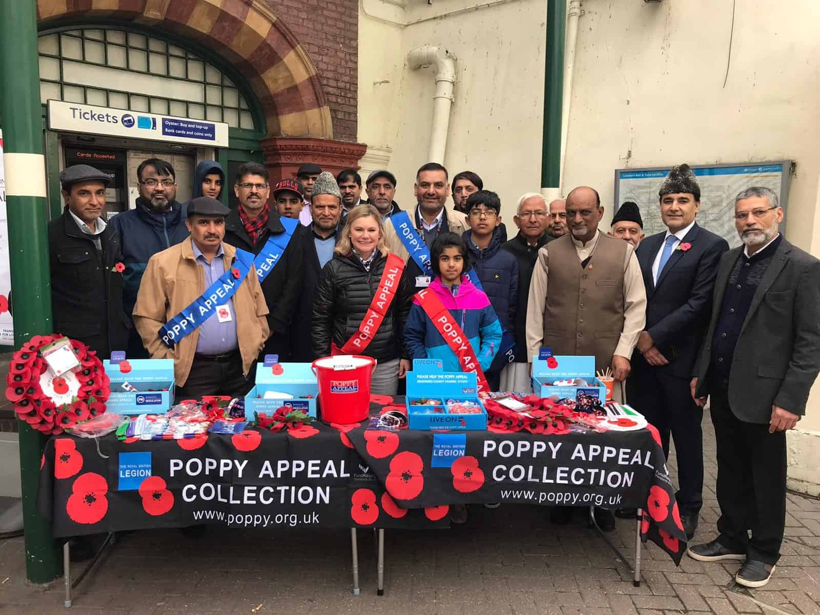 Ahmadiyya Muslim Elders to raise £500,000 for the Poppy Appeal 2018